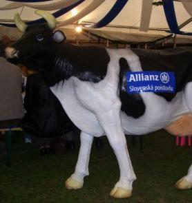 Krava na dojenie  – simulátor dojenia