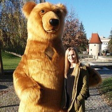 Maskot medveď